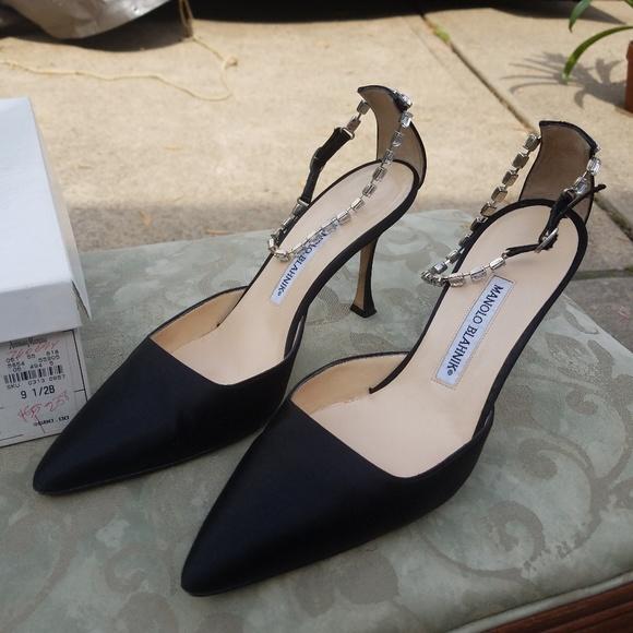 33513db29 Manolo Blahnik Shoes | C Arfiu Bc9 Oval Satin Black 95b | Poshmark